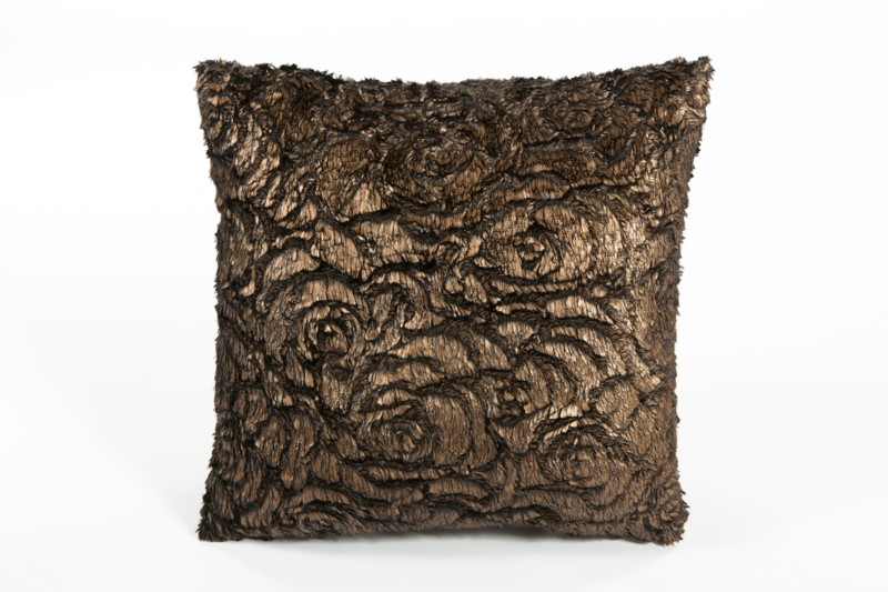 Velda Rose Pillow: 18