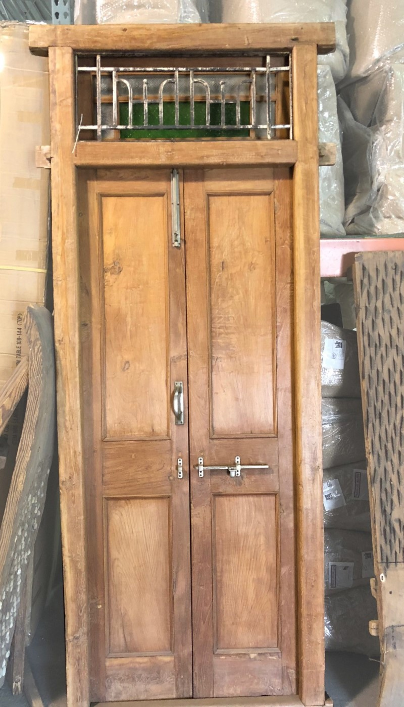 WD Carved Door with Frame BC