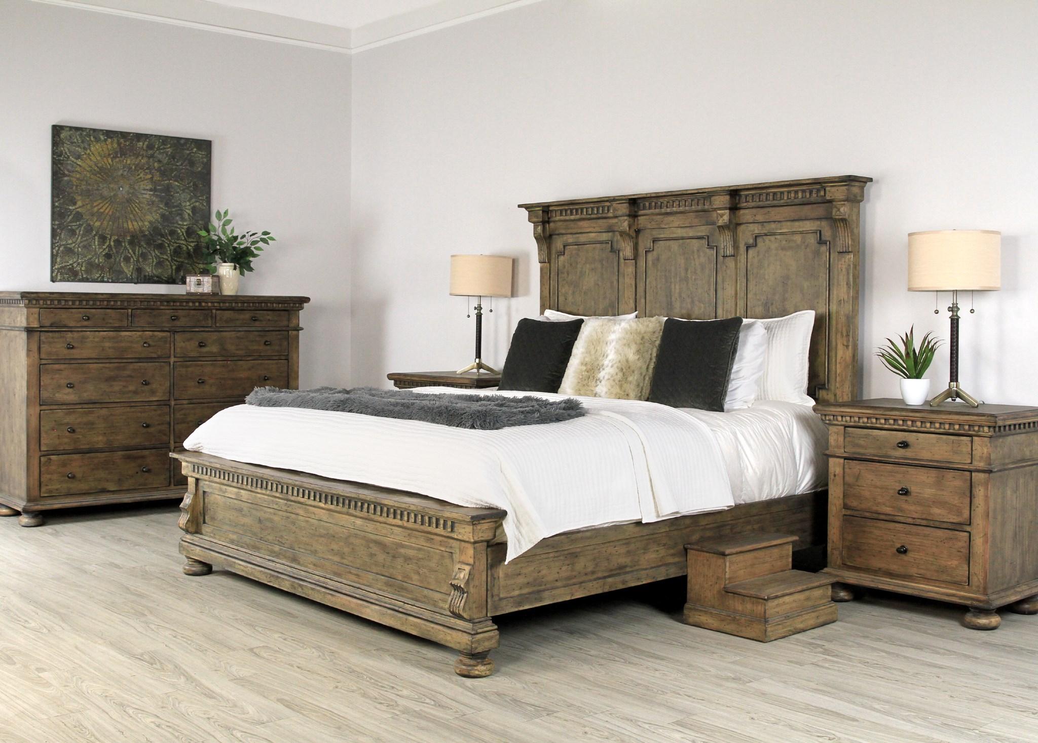 Blake Bed King Low Footboard Driftwood