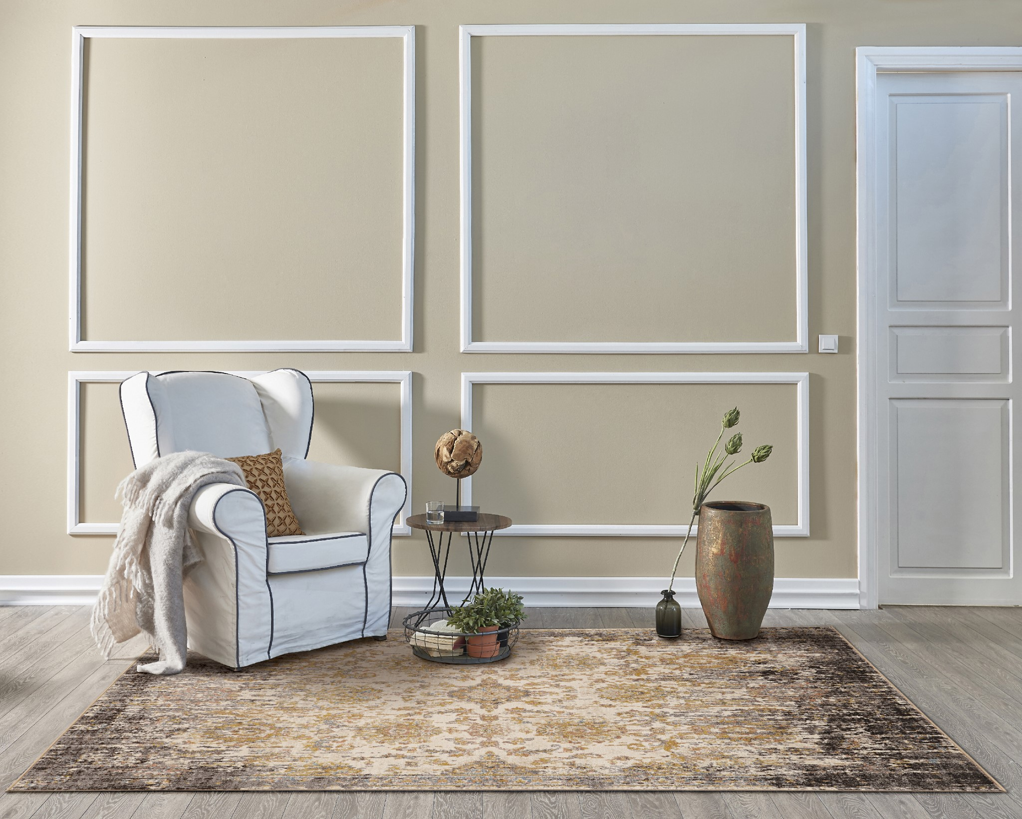 Manor 6316 Ivory/Taupe Empire