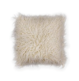 L256 Ivory Shaggy Pillow