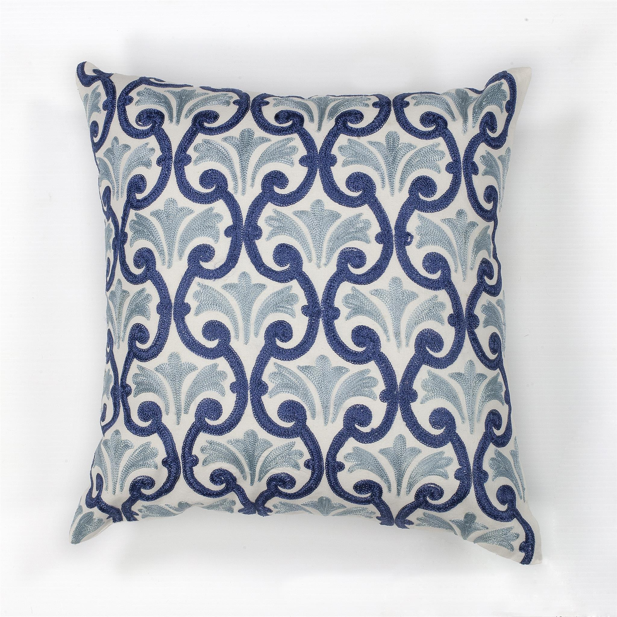 L108 Ivory/Blue Chateaux Pillow