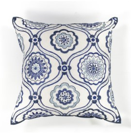 L113 Ivory/Blue Mosaic Pillow