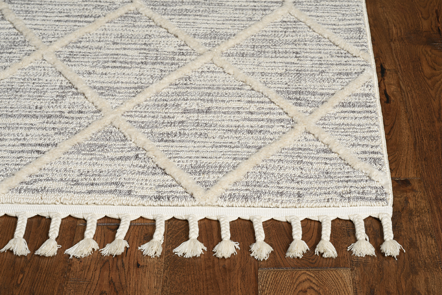 Willow 1102 Ivory Grey Honeycomb