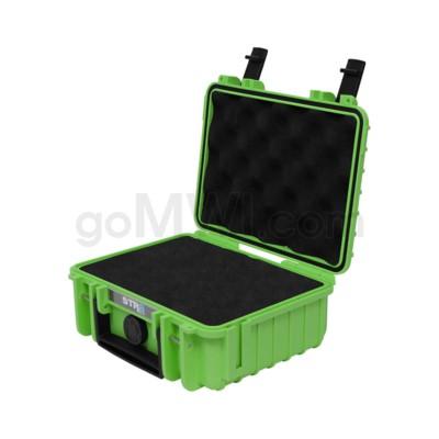 Str8 Case 8' with 2 Layer Pre-cut Foam - Nitro Green
