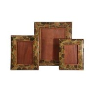 FRAMES CLOSEOUTS